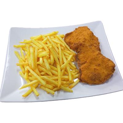 Smažený kuřecí řízek, hranolky